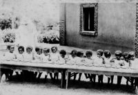 Cameroun, pour sauver la race noire, nous sauvons les enfants - légende manuscrite – Carte postale expédiée le 03.11.48