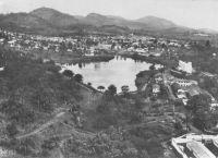 Yaoundé, vue aérienne sur le lac