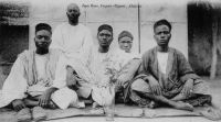 Koug, fils d'un chef  - Il s'agit vraisemblablement de la ville de Kong dans le nord de le Côte d'Ivoire, région qui fut administrativement rattachée à la colonie de Haute Volta sous l'appellation globale de Haute Côte d'Ivoire entre 1932 et 1947.