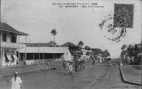Conakry, rue commerciale - Carte postée en 1908