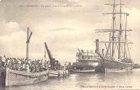 Conakry, la grande jetée à l'arrivée du courrier