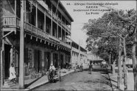 Dakar, le boulevard Pinet-Laprade, la Poste