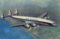 Lookheed Super Constellation - Air France -29.08.1960, 06:47, l'appareil immatriculé F-BHBC, qui faisait escale à Dakar en routre pour Abidjan, s'abime en mer au large des Mamelles. Les 63 occupants, dont le poète David Diop, périssent. La légende dakaroise a longtemps raconté qu'il s'agissait du dernier vol, voir du dernier atterrissage, avant la retraite du pilote qui aurait du regagner Paris en tant que passager. Elle disait aussi qu'il s'était parfaitement aligné sur la piste mais se serait mystèrieusement posé avant, dans la mer. Le rapport officiel sur cet accident, ou le résumé que l'on peut en trouver aujourd'hui, est plus laconique. « Le vol AF343 parti de Paris à destination d'Abidjan avait Dakar pour première escale. A l'approche de la capitale sénégalaise, l'équipage entreprend une première procédure d'atterrissage, mais doit l'interrompre en raison des intempéries. Déclinant la suggestion de se poser sur la piste 30 en ILS, le pilote s'en tient à son idée initiale et décide d'attendre que les conditions météo s'améliorent. L'attente est reconduite peu après 06 heures 41. Ayant signalé qu'il passait en vent arrière à 06 heures 47, l'avion disparaît dans une rafale de pluie et s'abime en mer à 2400 mètres du phare des Mamelles, un endroit où il y a 40 mètres de fond. » Le rapport conclut que les causes probables de l'accident n'ont pu être déterminées. L'appareil transportait 55 passagers et 8 membres d'équipage, aucun ne survécut. Le poète sénégalais David Diop et sa femme font partie de s victimes de cette catastrophe. Né à Bordeaux en 1927 d'un père sénégalais et d'une mère camerounaise, il avait étudié en France avant d'aller enseigner au lycée Maurice Delafosse à Dakar et à l'école normale de Kindia en Guinée Française.