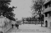 Saint-Louis, place du Gouvernement et Caserne Rogniat